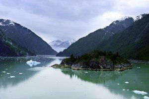 Approaching-the-Sawyer-Glacier-in-Tracy-Arm-Fjord