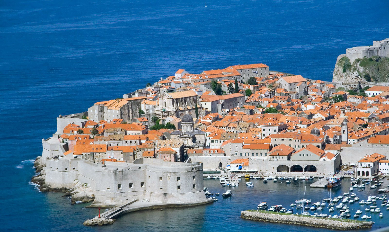 Charter a motor yacht for montenegro and croatia for Motor yacht charter croatia