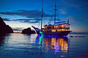 Dunia Baru At Night www.njcharters.com