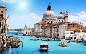 venice-city-on-water-italy-2560x1600